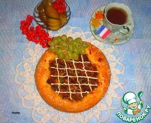 """Рецепт Пирог """"Крут де домб"""" с мясом и зеленым горошком"""