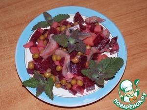 Рецепт Свекольный салат с сельдью