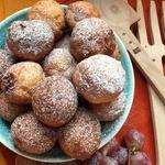 Творожные пончики с миндалём и шоколадом