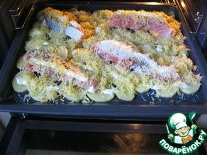 Рецепт Картофель запеченный с лососем под сыром