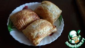 Рецепт Быстрые пирожки-слойки с вишней