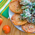 Дрожжевые гречневые оладьи к мясу с грибами
