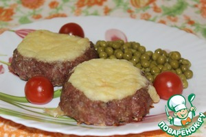 """Рецепт Мясные """"ватрушки"""" с молочным соусом"""