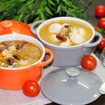 Фасолевый суп с птитимом и кнелями