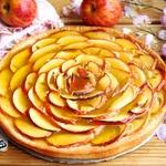 Яблочно-мармеладный пирог