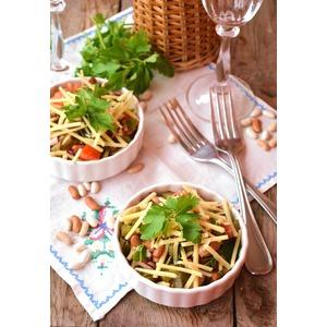 "Салат с фасолью ""Ужин на даче"""