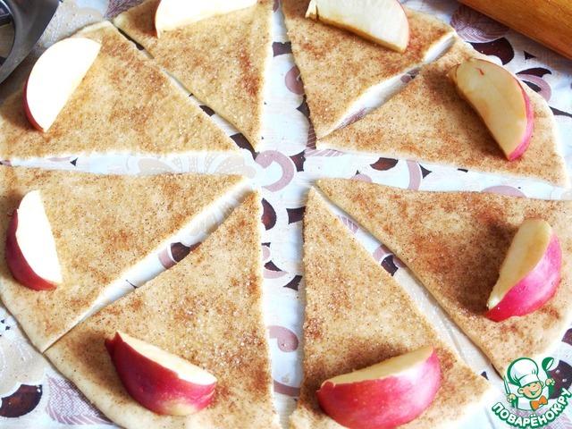 Как сделать рогалики с яблоками