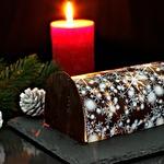 """Торт """"Новогоднее полено с клюквой"""""""