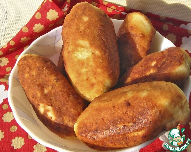 Жареные пирожки с луком и яйцом рецепт пошагово