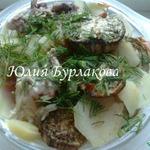 Тушеный картофель с мясом и баклажанами