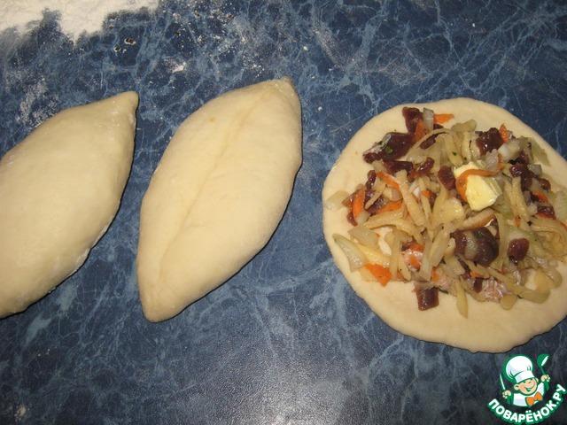 Пирог с рубленным мясом и картошкой из дрожжевого теста рецепт