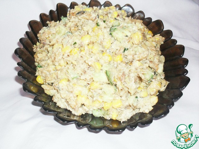 Салат с сухарей и шпроты