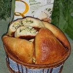 Пирожки с рисом, яйцом и щавелем