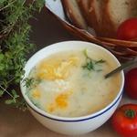 Белый суп с яйцом-пашот