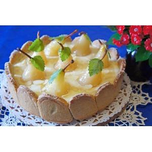 Пирог с грушами и сливочно-заварным кремом