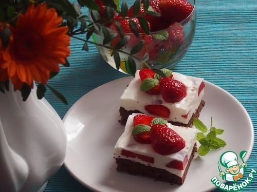 Йогуртовые пирожные с клубникой
