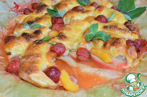 Пирог с круассанами