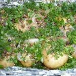 Картофель по-деревенски на мангале