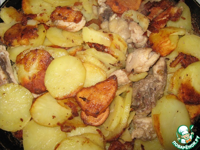Жаркое на сковороде из курицы с картошкой рецепт в 79