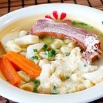 Суп с копчеными ребрышками и шпецле