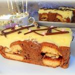 Шоколадный кухен с ванильным пудингом