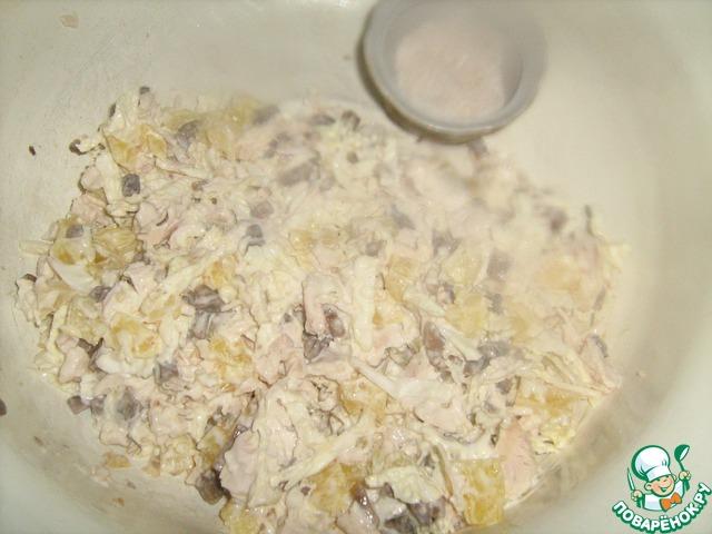 Салат с ананасами и курицей – изысканно, вкусно и легко
