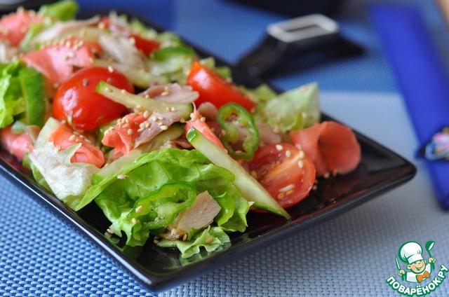 Салат с имбирем и курицей