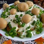 """Салат """"Опушка"""" с маринованными грибами"""
