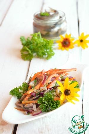 Рецепт: Салат из мойвы и сладкого перца