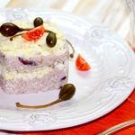 Рисовый салат с запеченной корюшкой