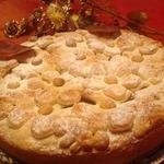 Пирог яблочный с клубникой