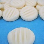 Мятные монетки из сливочного сыра