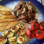 Говядина с лимоном и ранними овощами