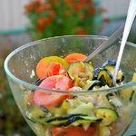 Теплый летний овощной салат