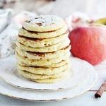Оладьи с корицей и яблочным припеком