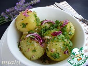 Рецепт: Молодой картофель в ароматном соусе