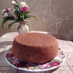 Кекс с черносливом, цукатами и корицей