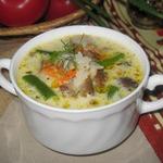 Рисовый суп с грибами и фасолью