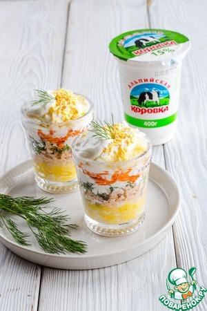 Рецепт: Слоеный салат с консервированной горбушей