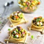 Постный салат со шпротами