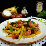Теплый овощной салат с фасолью