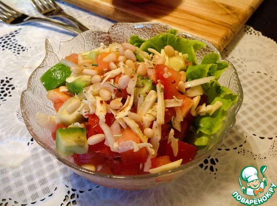 Рецепт салата с авокадо и кедровыми орешками