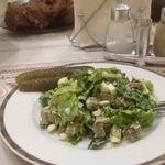 Свежий и пикантный салат с говядиной
