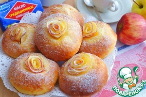 Рецепт: Булочки с яблочными розами