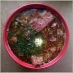 Гороховый суп с копчёностями и соленьями