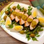 Куриный салат с оливковой пастой