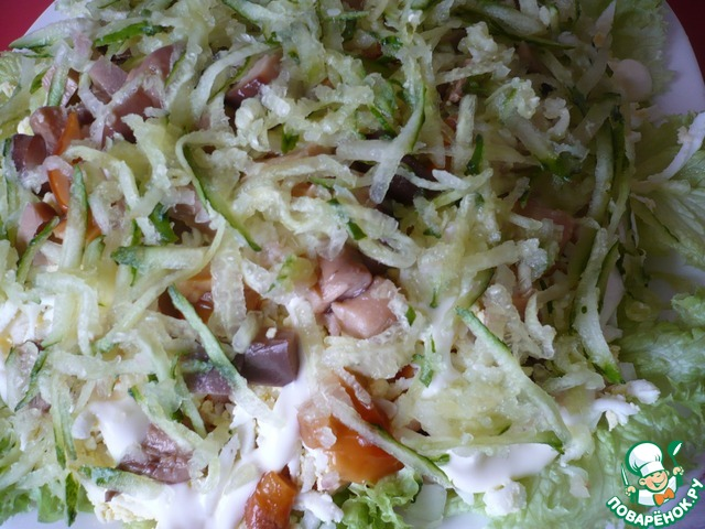 салат с соленым огурцом поваренок