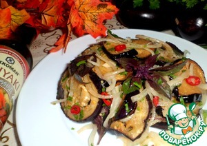 Рецепт: Баклажаны с луком и базиликом