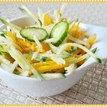 Салат с дайконом, тыквой и огурцом