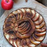 Яблочный пирог из 5 ингредиентов